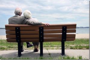Wenn sich zwei Personen treffen, treffen sich gleichzeitig auch zwei persönliche Welten. Keine unserer persönlichen Welten ist groß genug, darin ein ausgewogenes Leben zu führen. Wir gehören zusammen. Liebe ist was uns fehlt – jemanden zu lieben und geliebt zu werden.  - A.Powell Davies